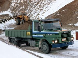1982 Scania T82M 4x2 Tipper